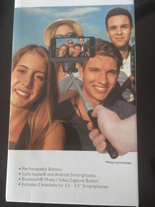 Anúncio para Pau de selfie